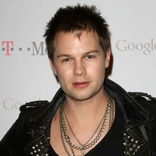 Bobby Alt in Celebrity Magenta Carpet Arrivals at The Launch Party for Google Music Available on T-Mobile
