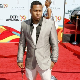 Bobby V in 2009 BET Awards - Arrivals