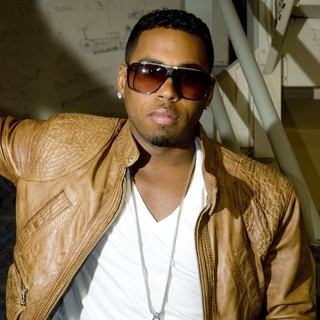 Bobby V in Backstage at The Chicago Theatre