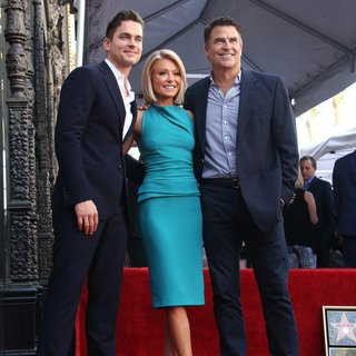 Kelly Ripa Honored with Star on The Hollywood Walk of Fame