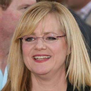 Bonnie Hunt in The Los Angeles Premiere of Cars 2 - Arrivals - bonnie-hunt-premiere-cars-2-01