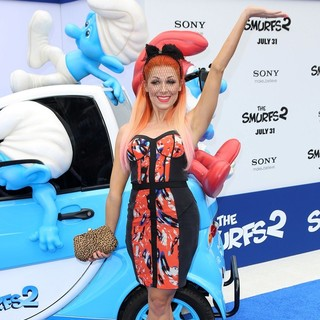 Bonnie McKee in The Los Angeles Premiere of The Smurfs 2 - Arrivals