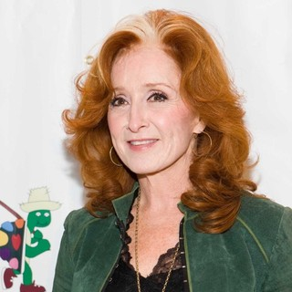 Bonnie Raitt in Benefit for The Painted Turtle