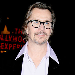 Gary Oldman in Los Angeles Premiere of 'The Book Of Eli' - Arrivals