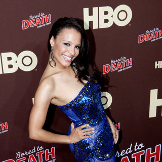 "Antonique Smith in Premiere of ""Bored to Death"" Season 2 - Arrivals"