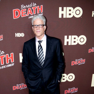 "Ted Dansen in Premiere of ""Bored to Death"" Season 2 - Arrivals"