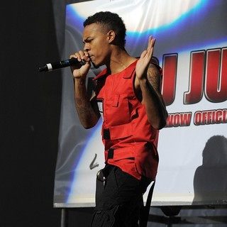 Bow Wow in The F.A.M.E. Tour - bow-wow-fame-tour-11