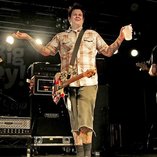Gary Wiseman, Jaret Reddick, Bowling For Soup in Bowling For Soup Performing at Liverpool O2 Academy