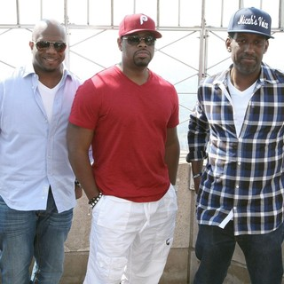 Boyz II Men Promote Their New Single - boyz-ii-men-promote-new-single-03