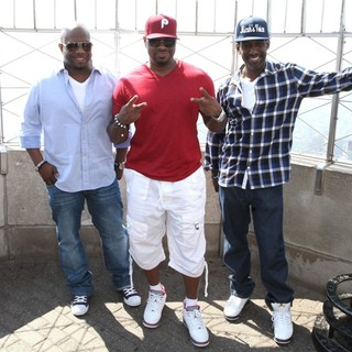 Boyz II Men Promote Their New Single - boyz-ii-men-promote-new-single-06