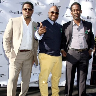Boyz II Men in A Special Announcement Event - boyz-ii-men-special-announcement-event-05