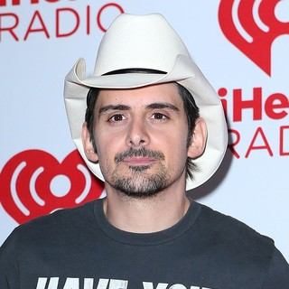 Brad Paisley in 2012 iHeartRadio Music Festival - Day 2 - Arrivals