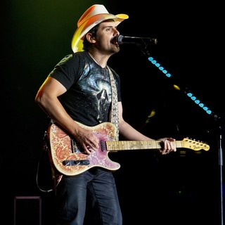 Brad Paisley in Brad Paisley Performs Live