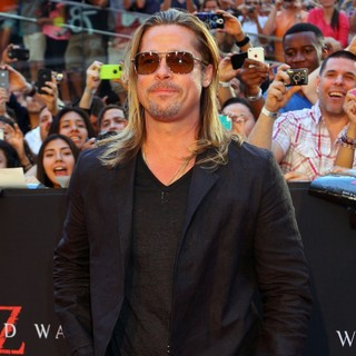 Brad Pitt in New York Premiere of World War Z - Arrivals