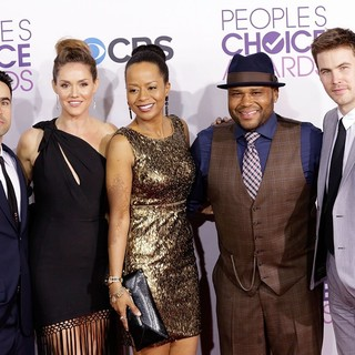 Jesse Bradford, Erinn Hayes, Tempestt Bledsoe, Anthony Anderson, Zach Cregger in People's Choice Awards 2013 - Red Carpet Arrivals