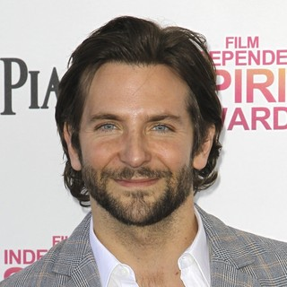 Bradley Cooper in 2013 Film Independent Spirit Awards - Arrivals - bradley-cooper-2013-film-independent-spirit-awards-02