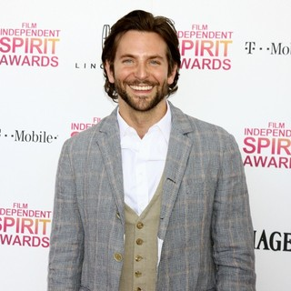 Bradley Cooper in 2013 Film Independent Spirit Awards - Arrivals - bradley-cooper-2013-film-independent-spirit-awards-04