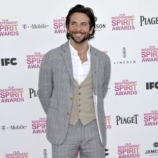 Bradley Cooper in 2013 Film Independent Spirit Awards - Arrivals - bradley-cooper-2013-film-independent-spirit-awards-06