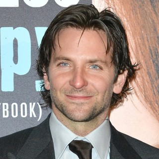 Bradley Cooper in Premiere of Happiness Therapy