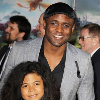 Wayne Brady, Maile Masako Brady in Oz: The Great and Powerful - Los Angeles Premiere - Arrivals