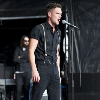 Brandon Flowers in Hop Farm Festival 2011 - Day 1 - brandon-flowers-hop-farm-festival-2011-day-1-03