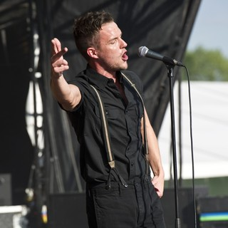 The Killers in Hop Farm Festival 2011 - Day 1 - brandon-flowers-hop-farm-festival-2011-day-1-05