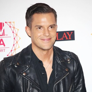 Brandon Flowers, The Killers in The MTV EMA's 2012 - Arrivals