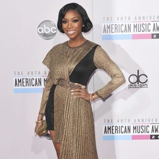 Brandy in The 40th Anniversary American Music Awards - Arrivals