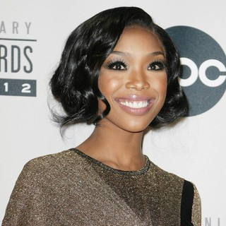 Brandy in The 40th Anniversary American Music Awards - Press Room - brandy-40th-anniversary-american-music-awards-press-room-01