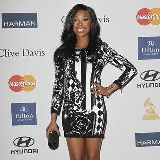Brandy in Clive Davis and The Recording Academy's 2013 Pre-Grammy Gala and Salute to Industry Icons - brandy-clive-davis-and-the-recording-academy-s-2013-pre-grammy-gala-05