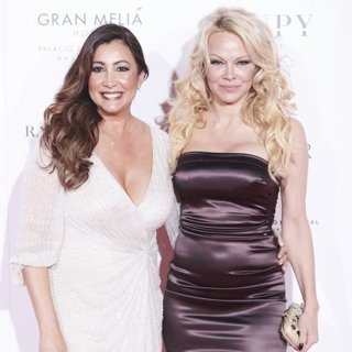 Maria Bravo, Pamela Anderson in Global Gift Foundation Gala