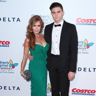 Tracey E. Bregman, Landon Recht in 2014 Children's Hospital Los Angeles' Gala: Noche De Ninos - Arrivals