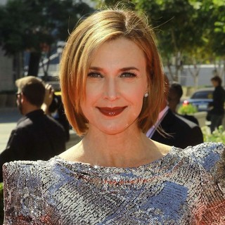Brenda Strong in 2012 Creative Arts Emmy Awards - Arrivals