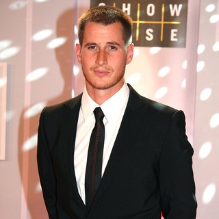 Brendan Fehr in 23rd Annual Gemini Awards 2008 - Arrivals - brendan-fehr-23rd-annual-gemini-awards-2008-01