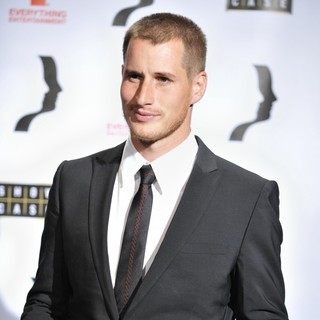 Brendan Fehr in 23rd Annual Gemini Awards 2008 - Press Room - brendan-fehr-23rd-annual-gemini-awards-2008-press-room-01