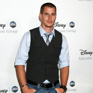 Brendan Fehr in The ABC TCA Summer 2008 Party Disney and ABC's TCA - All Star Party - brendan-fehr-abc-tca-summer-2008-party-disney-01