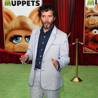 Bret McKenzie in The Premiere of Walt Disney Pictures' The Muppets - Arrivals - bret-mckenzie-premiere-the-muppets-03