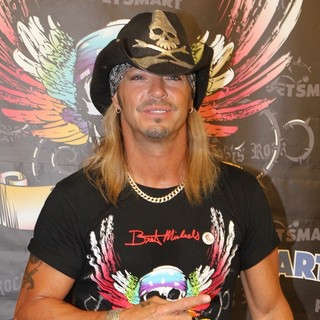 Bret Michaels - Bret Michaels Meet and Greet at The Farmingdale PetSmart Store