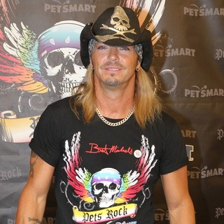 Bret Michaels in Bret Michaels Meet and Greet at The Farmingdale PetSmart Store