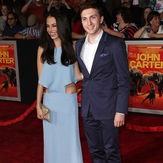 Chloe Bridges in Premiere of Walt Disney Pictures' John Carter - bridges-sabara-premiere-john-carter-01