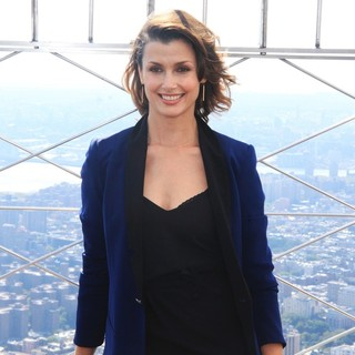 Bridget Moynahan in Bridget Moynahan Lights Up The Empire State Building in Honor of The Global Citizen Festival