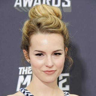 Bridgit Mendler in 2013 MTV Movie Awards - Arrivals