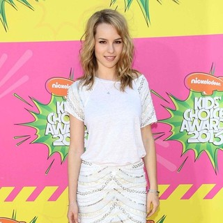 Bridgit Mendler in Nickelodeon's 26th Annual Kids' Choice Awards - Arrivals