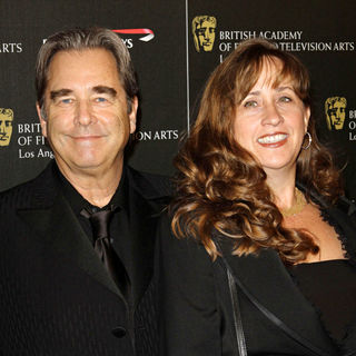 Beau Bridges, Alison Hart in BAFTA Los Angeles 2010 Britannia Awards