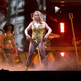 Britney Spears - Britney Spears Performs During Her Femme Fatale Tou