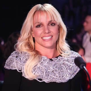 Britney Spears in FOX'S The X Factor Season 2 Top 16 Live Performance Show