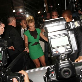 Britney Spears in Britney Spears Leaving A Hotel