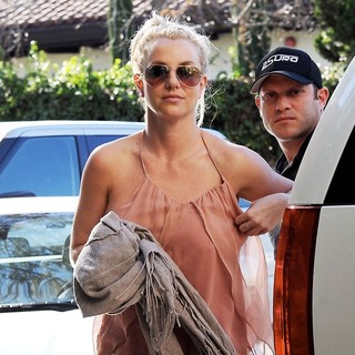 Britney Spears in Britney Spears Was Spotted Out in Los Angeles Wearing A Peach Dress