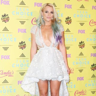 Britney Spears - Teen Choice Awards 2015 - Press Room