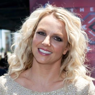 Britney Spears in X Factor Auditions - Arrivals - britney-spears-x-factor-audition-04